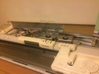 Knitting Machine silver reed 280