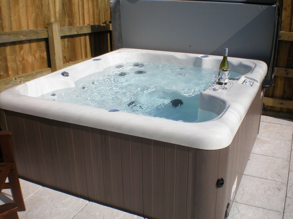 Lovely  Cottage Near Bude Cornwall Hot Tub Wifi Working Farm