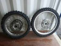 Yamaha yz250 yz 250 front rear wheels six day extreme tyres enduro 18 inch rear