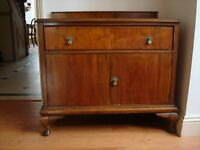 **** Antique Mahogany Queen Anne dresser 1 drawer 2 doors****