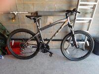 "Felt Q220 17.5"" Mountain Bike"
