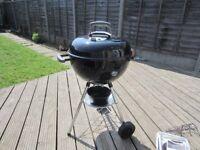 Weber 47cm kettle BBQ