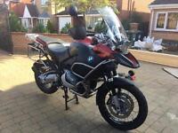 BMW GS Adventurer 1200.