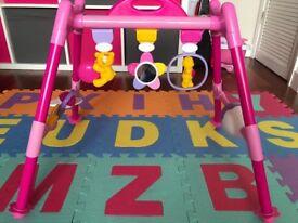Play bar with play mat