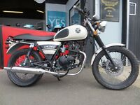 New - 125cc Lexmoto Valiant - £1699. Learner Legal retro bike - Finance subject to status.