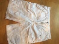 Calvin Klein Men's Shorts - W36