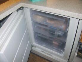 Zanussi integrated freezer - under worktop type 60cm