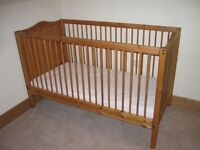 Solid pine THUKA cotbed with fitted mattress
