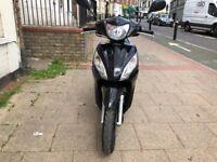 Honda vision 110cc black 16 plate hpi clear !!!