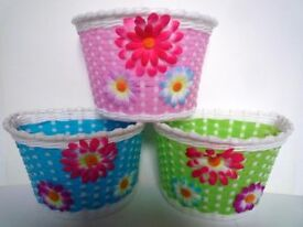 (932) KIDS BIKE SCOOTER FRONT BASKET for your favourite doll or teddy; PINK, BLUE, GREEN