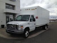 2011 Ford Econoline 16 Foot Cube Van + Pull Out Ramp