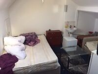 Spacious room for single person to rent in Kingsley road TW3, near Hounslow East