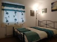 Self contained Ensuite room (with kitchenette) @ Headington - £615 incl. all bills