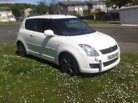2008 suzuki swift,white, 3 dr,only 70,000mls,2 keys, service history,very clean car long m.o.t £1495