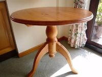 "Solid Pine Round Table (32""or 80cm)"