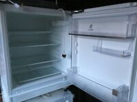 Electrolux undercounter refrigerator Model ERY 1401AOW, in excellent condition.