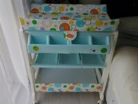 Cosatto baby changing station with bath