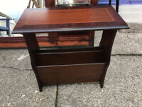 Gorgeous Vintage Mahogany Side Table / Magazine & Newspaper Rack Storage Shelf Stand