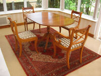 IN VERY GOOD CONDITION –ELEGANT SOLID YEW –DROP LEAF DINING TABLE & 4 CHAIRS (CAN DELIVER)