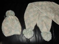 New Knitted Bobble Winter Hat and Scarf Set with Pom Pom White Turquise Green Blue