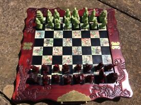 chess set with carrying box