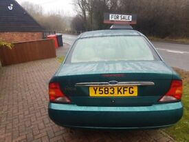 Ford focus salloon ghia 12months mot