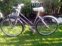 VINTAGE 1974 RALEIGH CAPRICE LADIES BIKE/BICYCLE