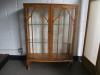 VINTAGE MAHOGANY DOUBLE DOOR GLAZED DISPLAY CABINET COCKTAIL CABINET WITH KEY FREE DELIVERY