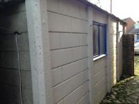 Garage 2.7m x 5m concrete panels. Free. Will help to dismantle