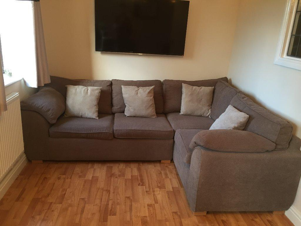Corner Sofa With Double Pull Out Bed In Luton