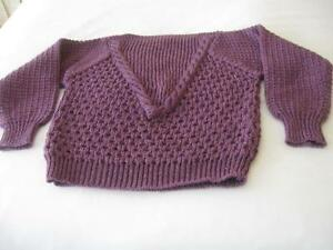 "CLASSY SOFT LILAC ""LILLY of CALIFORNIA"" FANCY-RIBBED KNIT SWEATER {SIZE SMALL ]"