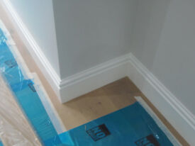 Joiner Laminate Floor Fitting Doors Architrave and Skirtings Leeds Area