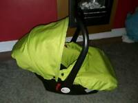 Brand new Babystyle Oyster group 0+ car seat