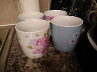 [Collect for free] floral mugs