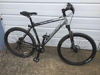 2014 Trek Alpha 4300 series 4 Mens mountain bike front suspension light weight medium frame 19.5