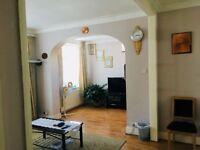 5 Bedroom End Terrace House