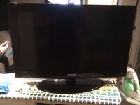 Samsung 32inch LED TV (ue32c4000) - stand and remote included!