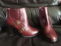 Ladies boots never worn