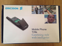 Iconic ! ERICSSON T28 Retro Flip Phone (unlocked)