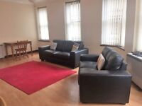 Sauchiehall Street, 2 bedroom flat in good condition available for immediate let.
