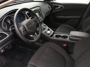 2016 Chrysler 200 Limited   BLUETOOTH   NO ACCIDENTS Kitchener / Waterloo Kitchener Area image 12
