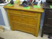 VINTAGE BESPOKE VERY SOLID PINE 3 DRAWER CHEST OF DRAWERS. VIEWING/DELIVERY AVAILABLE
