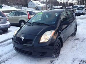 2007 Toyota Yaris LE Very economical to drive!