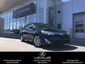 2012 Toyota Camry XLE with Navi + Backup
