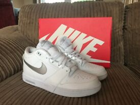 c6a928198 Mens Nike Air Stepback Trainers Size 8.5 White Silver Like New Rare