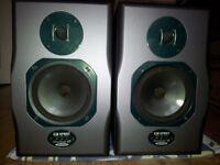 Soundcraft Spirit Absolute 4p Active Studio Monitors. 2x100w amp per speaker. Can Demo.Cost £800 new
