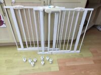 2 x Lindam Stairgates (good condition)