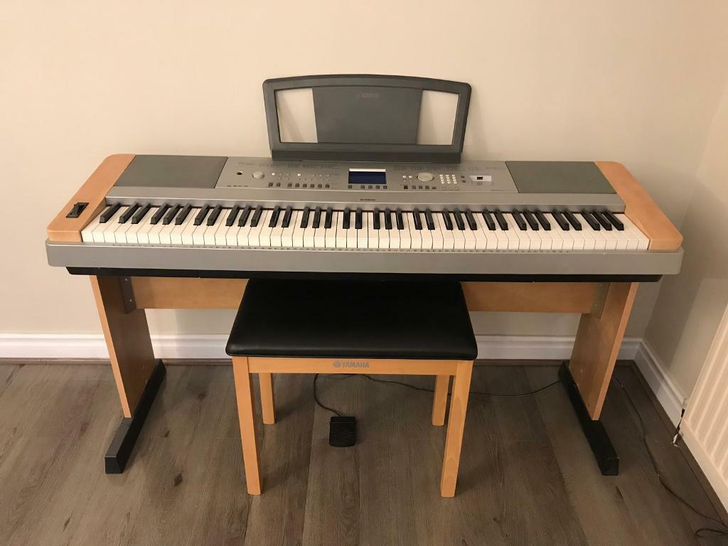 yamaha dgx 640 digital piano brand new condition in pudsey west yorkshire gumtree. Black Bedroom Furniture Sets. Home Design Ideas