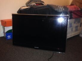 Samsung TV with wall mount