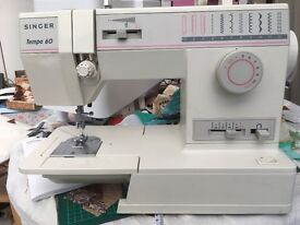 Singer sewing machine Tempo 60. Rarely used, In very good condition